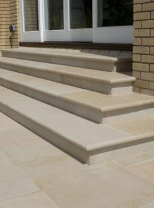 Mint-Smooth-Bullnose-Step