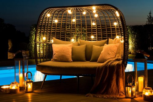 Rattan Loungers & Day Beds